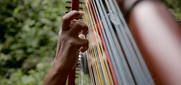 Harp Strum Sound Effect